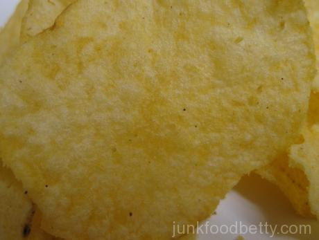 Lay's Do Us a Flavor Finalist Cheesy Garlic Bread Potato Chips Close-Up