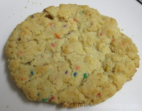 Einhorn's Epic Cookies Cadiz Birthday Cake, Crisped Rice & Sprinkles Cookie