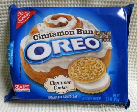 Nabisco Cinnamon Bun Oreo Cookies Package